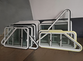 船用钢质门窗